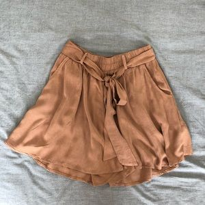 Pants - Carly Jean Los Angeles flowy shorts